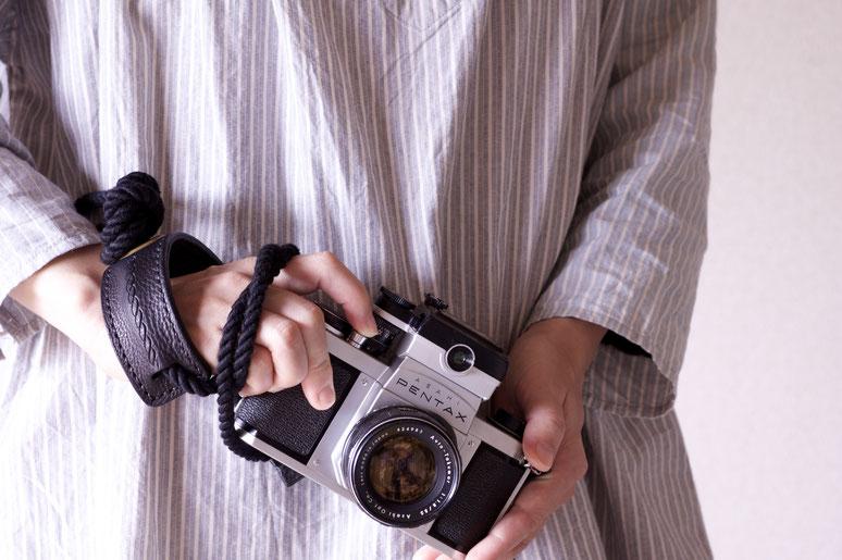 blackシリーズ.カメラストラップ.エイトノット.camera strap
