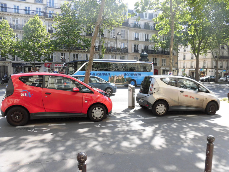 autolibという電気自動車レンタカー