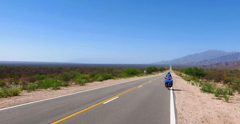 Unterwegs auf der Ruta National 40 Richtung Süden.