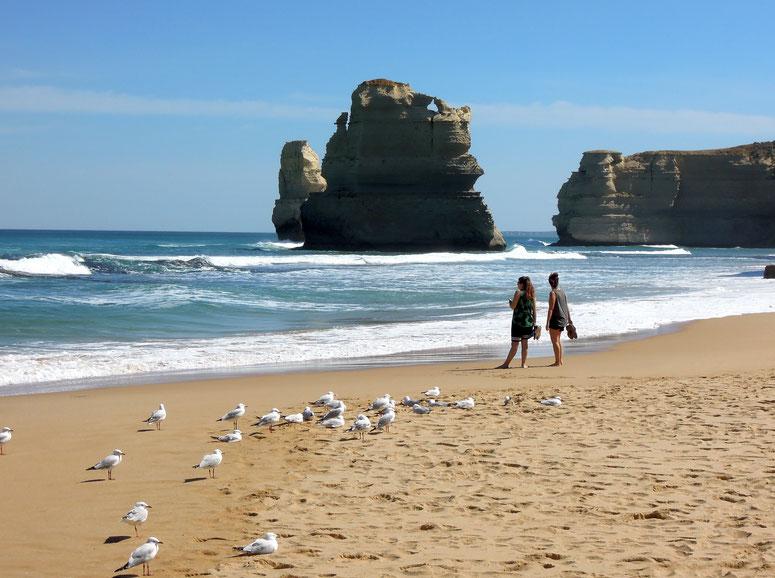 Endlose Weite von Meer und Strand an der Great Ocean Road in Victoria. Foto: C. Schumann
