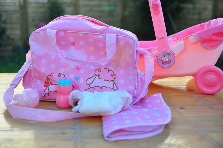 Zapf Creation -  Wickeltasche und Babyschale mit Rädern