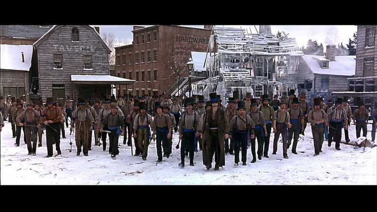 Gangs of New York / Civil War / Depicted As a Gang At War & Excerpt From Film / Movie Set / NY
