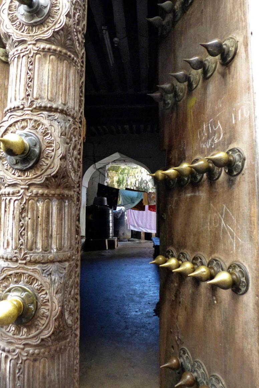 Swahili Türen in Stone Town