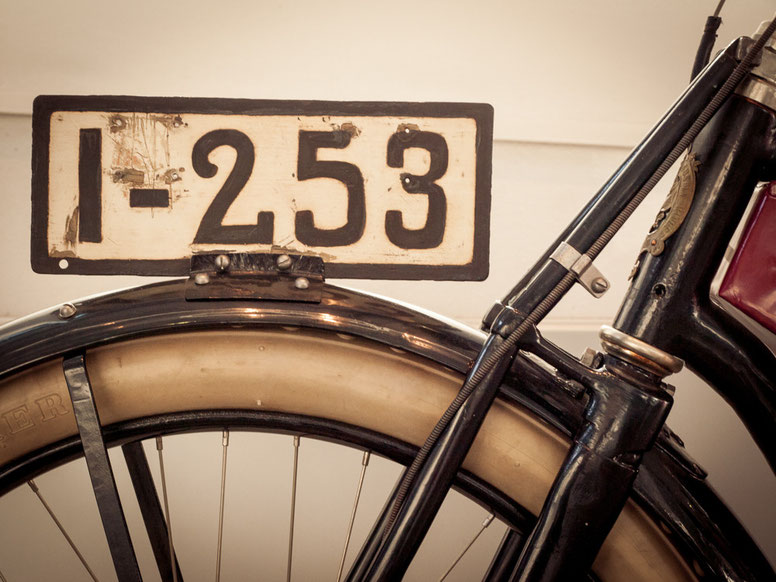 Motorrad - Nummernschild