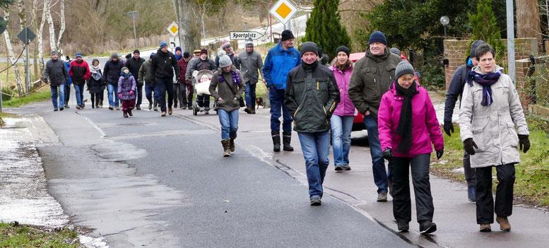 Die Karawane zieht in Richtung Eickendorf