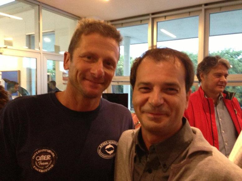 左:Umberto Pelizzari (Apnea Academy)  右:Saluti Tony Canario (Carbonio G.F.T)