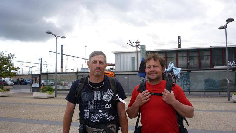 Philippe et Thierry, Gr65, Compostelle, gare les Aubrais