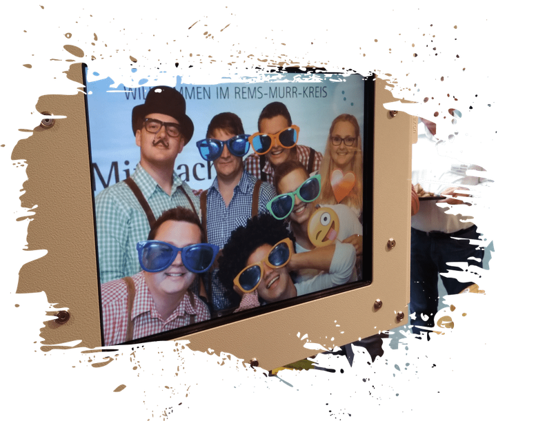 Fotobox mieten Photobooth mit Hintergrund