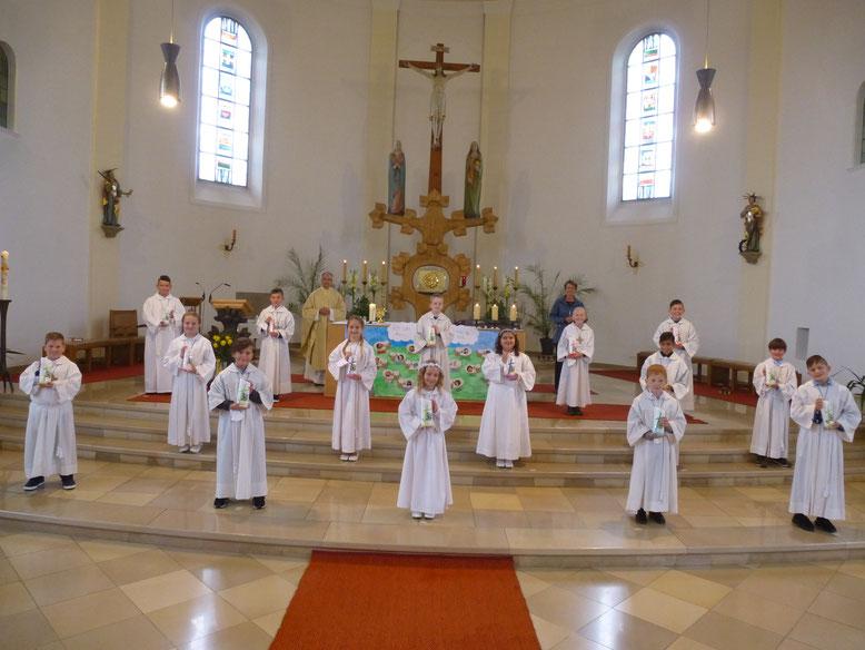 """""""Jesus, der gute Hirte"""" war das Thema, das den Festgottesdienst zur Erstkommunion prägte."""