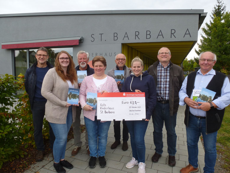 Von links: Bernhard Rauch, Lisa Spring, Hermann Bäumler(Kirchenverwaltung), Anita Schwirzer, Ottmar Braun, Laura und Roland Braun, Eckhard Bodner