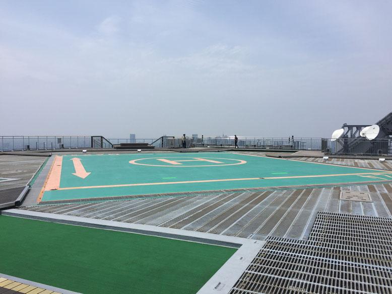屋上のヘリポート