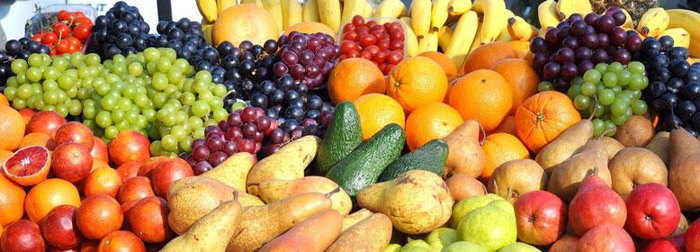 Früchte Büfett, Obst, Weintrauben, Orangen, Birnen, Avocado