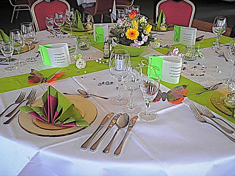 Tischdekorationen, Frühling, hellgrün, Schmetterlinge