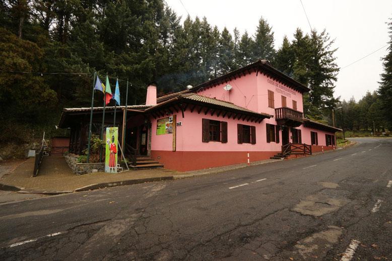 Ankunft am Casa de Abrigo do poiso.