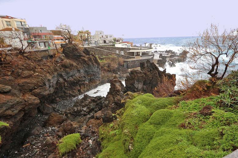 Vulkanische Bucht im Westen von Porto Moniz