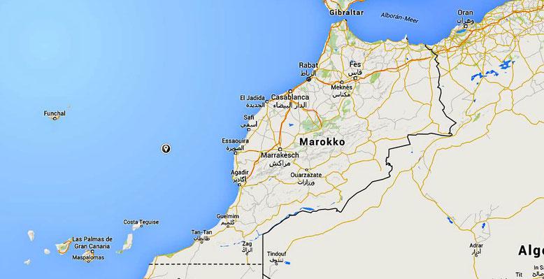 Madeira liegt ca. 700 km westlich der marokkanischen Küste im Atlantischen Ozean (Quelle: openstreetmap Lizenz CC-BY-SA 2.0).