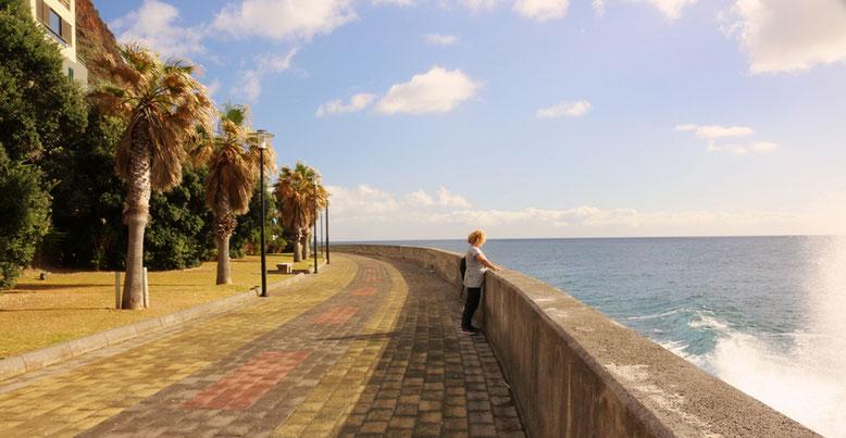 Einsame Promenade in Jardim do Mar.