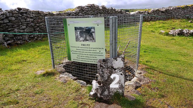 Die Feuerstelle im Innern des Ringwalls soll sogar bis in das 7. Jahrhundert nach Christus zurückreichen.