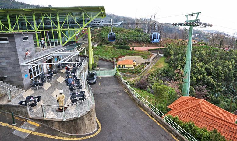 Seilbahnstation vor dem Jardim Tropical Monte Palace.