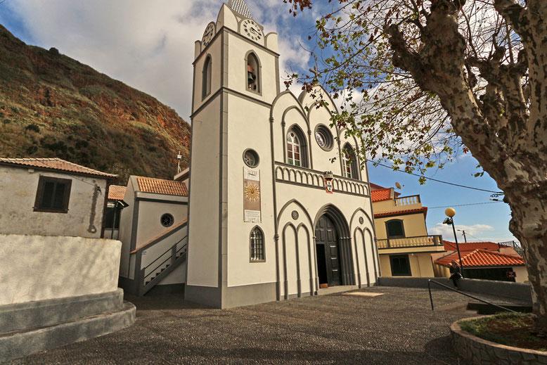 Kirche im oberen Teil von Jardim do Mar.