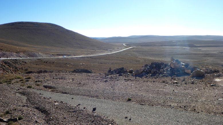 Landschaft an der Nationalstraße N10 ca. 35 km östlich Taliouine gelegen.