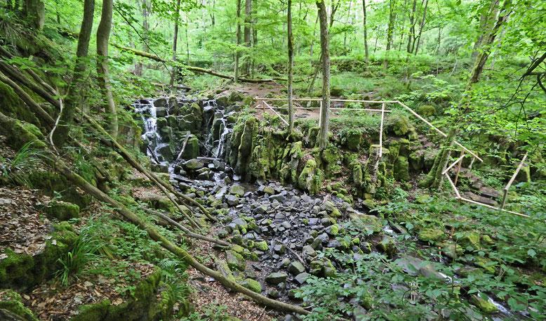 Übersichtsfoto Wasserfall Teufelsmühle.