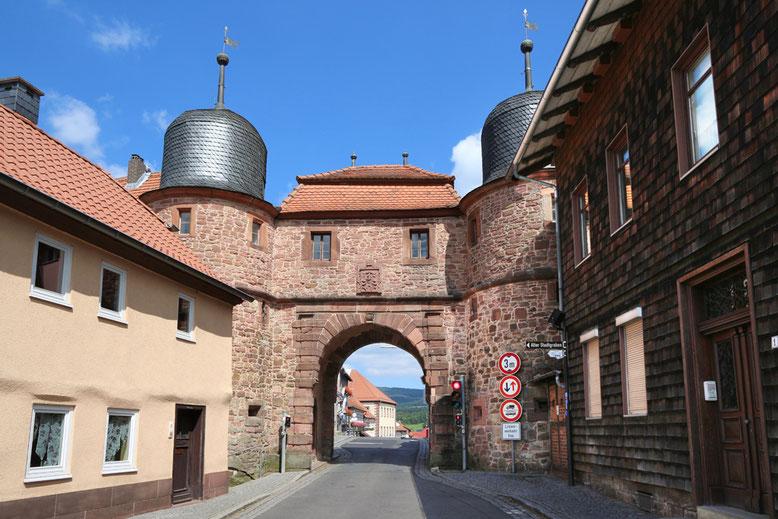 Das Stadttor von Tann, erbaut 1557–1563.