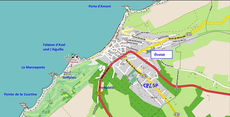 Küstenlinie bei Étretat mit den markanten Felsbögen Porte d'Amont, Porte d'Aval, La Manneporte und der Felsnadel L'Aiguille (Quelle: openstreetmap, Lizenz CC-BY-SA 2.0).