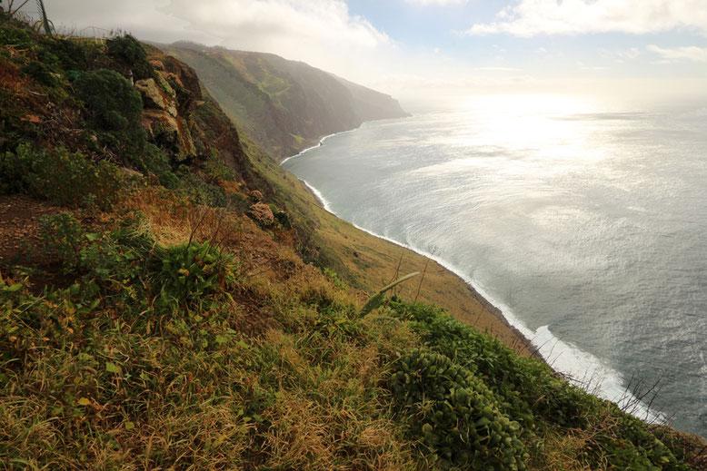 Küstenlinie am Kap bei Ponta do Pargo, im äußersten Westen von Madeira.