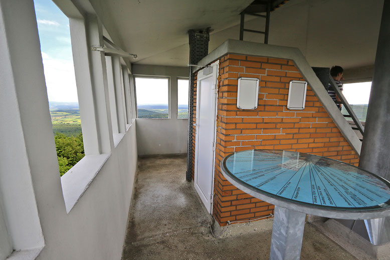 Aussichtsplattform des Turms.