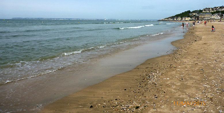 Am Strand von Trouville-sur-Mer.