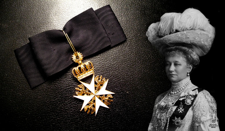 Empress-Queen Augusta Victoria with the decoration of the Order of Saint John