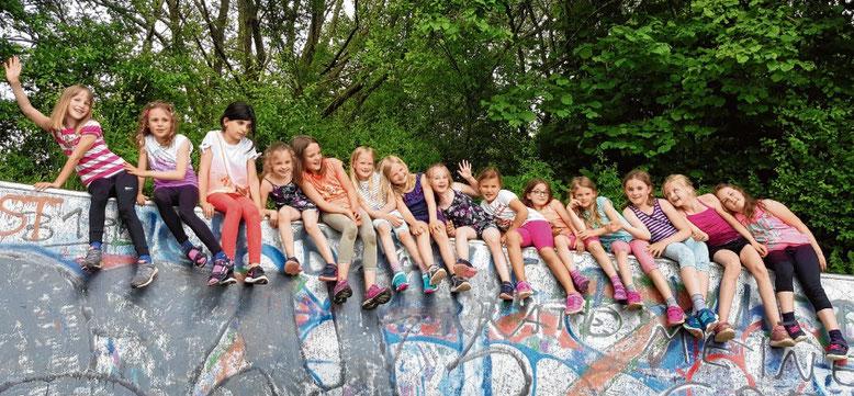 Ein vielfältiges Bewegungsangebot wird auch den Kindern und Teens der Turnerschaft geboten.