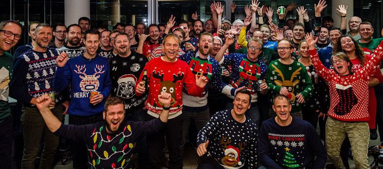 De kersttruienactie onder het personeel van ISSYS ICT