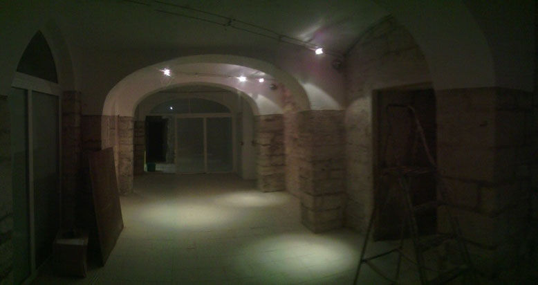 Januar 2016, die Kellerräume werden abgeteilt.