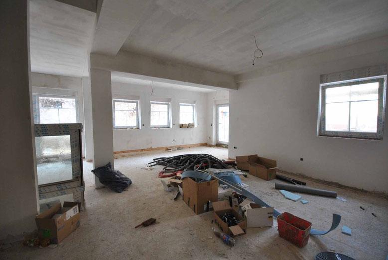April 2015. Das Wohnzimmer des Reihenendhauses im Haus Mokka.