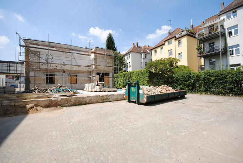 Hier wird der begrünte Innenhof entstehen.