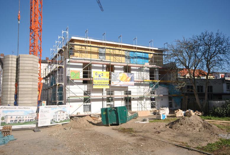 28. September, die Wohnung 25 ist fertig (dr)aufgebaut. Ca. 133m² Wohnfläche, drei Dachterrassen,  370.000€ schlüsselfertig.