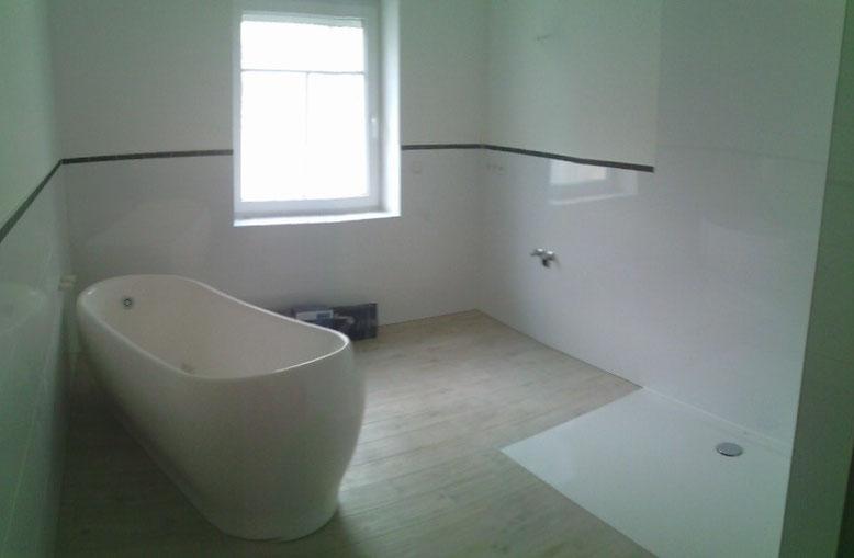 Januar 2016, Badezimmer in 132m² Wohnung wird fertiggestellt.
