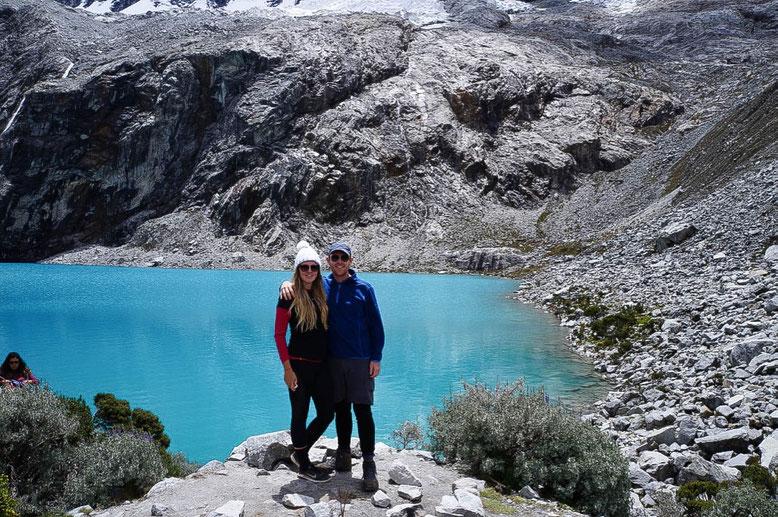 hiking laguna 69 huaraz