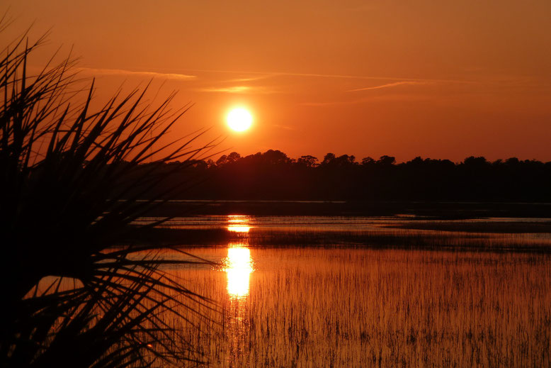 Sunset auf dem Weg von Tybee Island, GA nach Savannah, GA