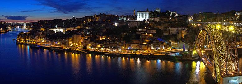 PORTUGAL : Porto vue de Vila Nova de Gaia