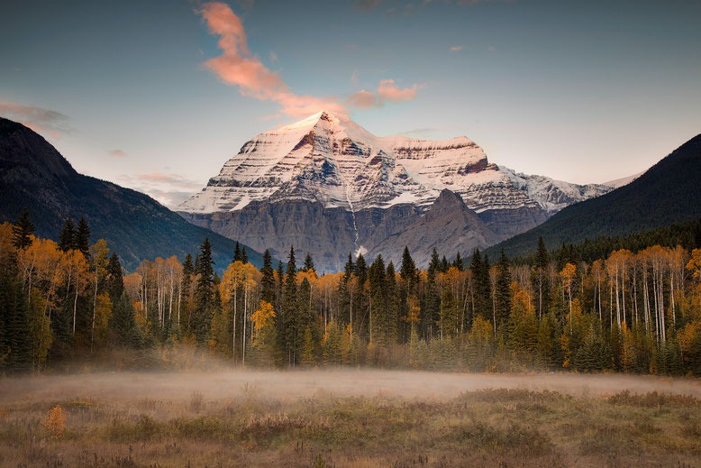 Mount Robson at sunset - Hiking Guide to Berg Lake Trail in Canada