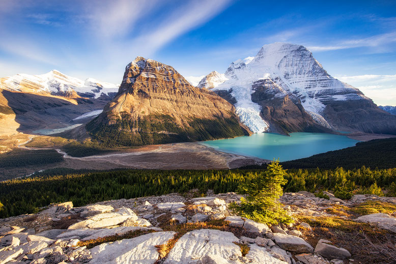 Berg Lake in Mount Robson Provincial Park in Canada