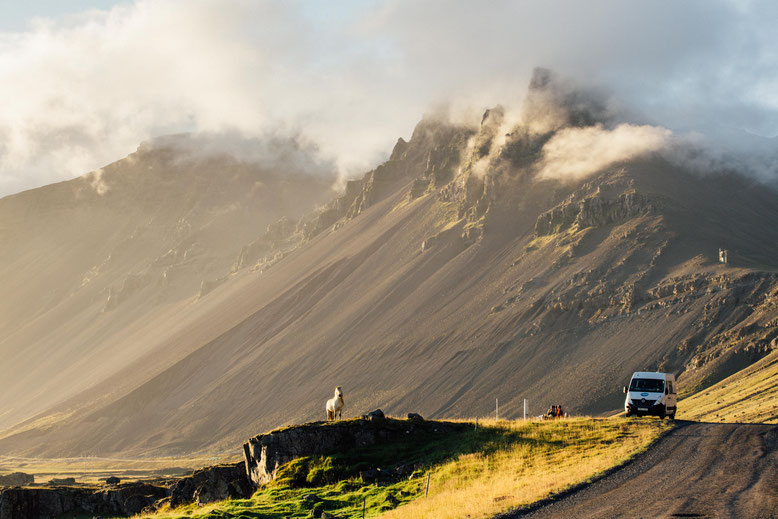 Road trip Iceland. 10 day itinerary for photographers