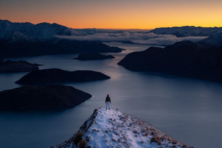 Sunrise from Coromandel Peak, lake Wanaka