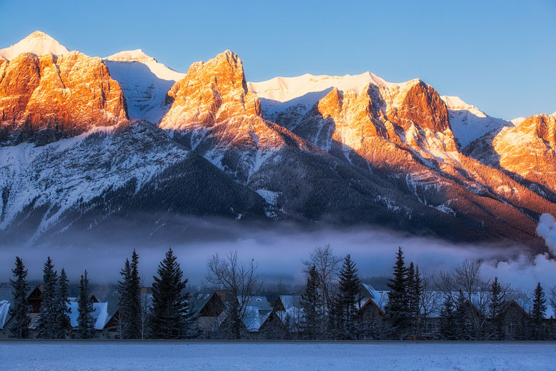 Early morning alpine glow on Mount Rundle above Canmore @InAFaraway_Land