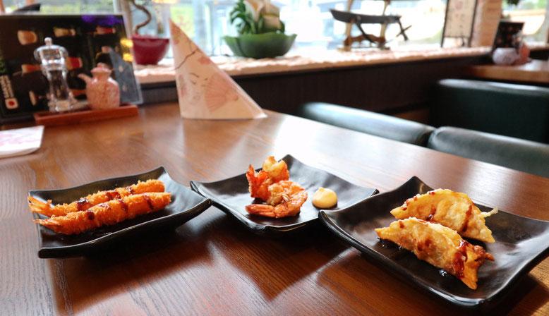 Asiatische Grillspezialiäten, teilweise auch vom Teppanyaki Grill