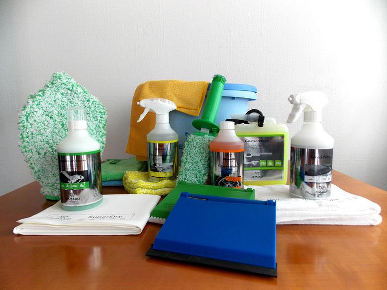 Reinigen Sie Ihr Auto innen und aussen mit folgenden JEMAKO Produkten