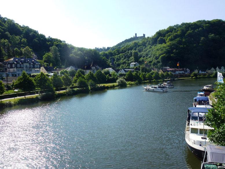 Balduinstein St. Batholomäus Schaumburg Motorboote Yachthafen Tourismus Lahn Freizeit Meera